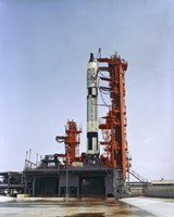 Gemini 5 Spacecraft on its Launch Pad - various sizes