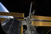 The International Space Station and the Columbus laboratory - various sizes
