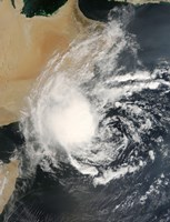 Unnamed Tropical Cyclone Approaching the Arabian Peninsula - various sizes