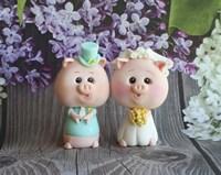Bride And Groom Piggy Fine Art Print