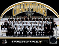 Pittsburgh Penguins 2016 Stanley Cup Champions Team Sit Down Framed Print