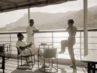 Jeunes Gens sur le Pont d' un Bateau dans la Baie de Monte Carlo, 1920 Fine Art Print