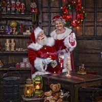 Magic Paint With Mrs Claus Fine Art Print