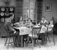 1930s Family Of 6 Sitting At The Table Fine Art Print