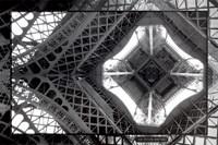 La Tour Eiffel Fine Art Print