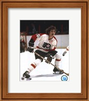 Bobby Clarke one hand on stick Fine Art Print