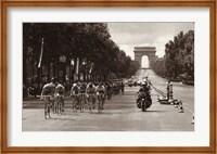 1975 Tour Finish On The Champs Elysees Fine Art Print