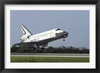 Space Shuttle Discovery Lands on Runway 33 at the Shuttle Landing Facility at Kennedy Space Center in Florida Fine Art Print