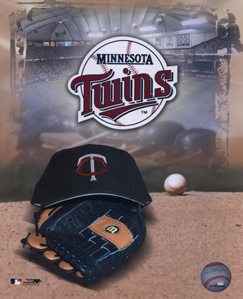 Framed Minnesota Twins - '05 Logo / Cap and Glove Print