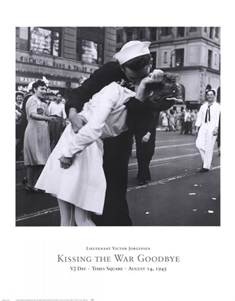 Times Square Victory Kiss 1945 Kiss War Goodbye Vintage Wall Art Poster Print
