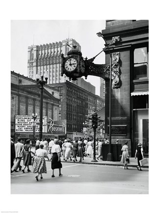 Framed Clock mounted on the wall of a building, Marshall Field Clock, Marshall Field and Company, Chicago, Illinois, USA Print