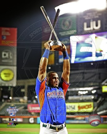 Framed Yoenis C?spedes of the Oakland Athletics posing with trophy after winning All-Star Home Run Derby on July 15, 2013 Print
