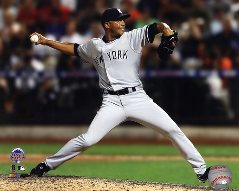 Framed Mariano Rivera #42 of the New York Yankees pitching during the 84th MLB All-Star Game on July 16, 2013 Print