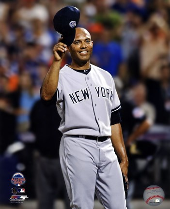 Framed Mariano Rivera #42 of the New York Yankees salutes the crowd during the 84th MLB All-Star Game on  July 16, 2013 Print