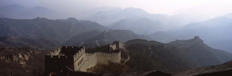 Framed High angle view of a fortified wall passing through a mountain range, Great Wall Of China, Beijing, China Print
