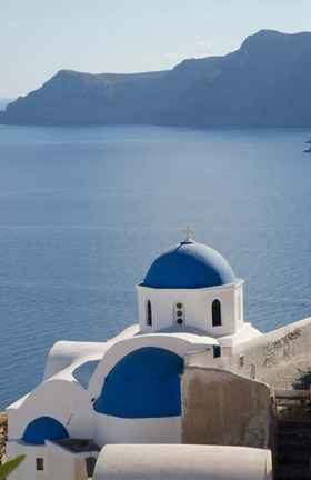 Framed Blue church dome, Oia, Santorini, Greece Print