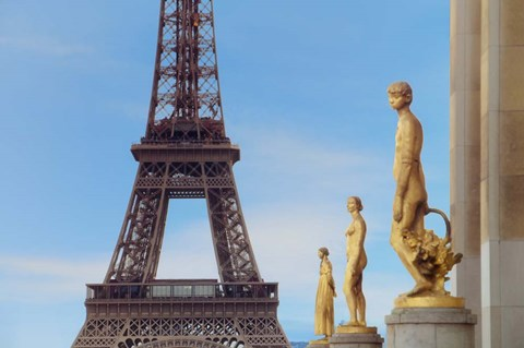 Framed Eiffel Tower and Les Oiseaux Statues Print