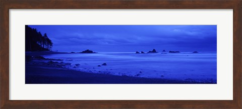 Framed Surf on the beach, Ruby Beach, Olympic National Park, Olympic Peninsula, Washington State, USA Print